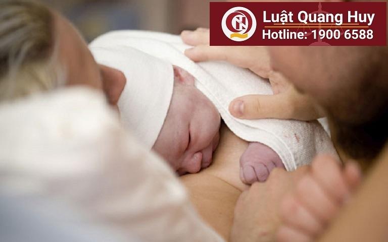 Quy định pháp luật về chế độ thai sản sinh non